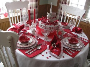 red-and-white-tablescape-for-valentines-day
